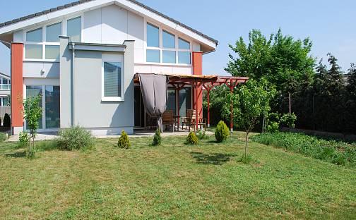 Prodej domu 110 m² s pozemkem 699 m², Pod Střediskem, Hrušovany u Brna