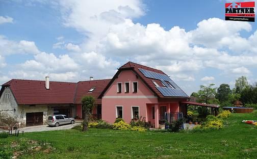 Prodej domu 192 m² s pozemkem 4156 m², Malšice, okres Tábor