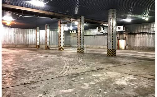 Pronájem skladovacích prostor, 2600 m², Kladno