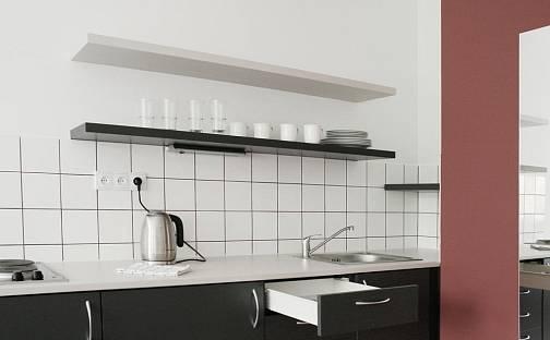 Pronájem bytu 1+kk 27m², Křížová, Praha 5 - Smíchov