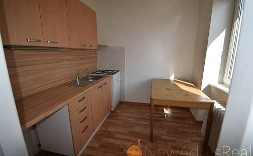 Pronájem bytu 2+1, 43 m², Jateční, Karlovy Vary