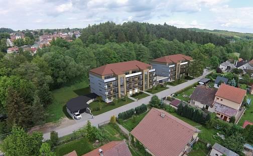 Residence Velké Popovice, V parku, Velké Popovice