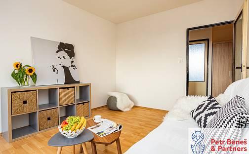 Pronájem bytu 3+kk, 69 m², V Lukách, Rakovník - Rakovník II