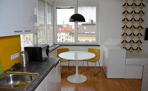 Pronájem bytu 1+kk, 39 m², U Zvonařky, Praha 2 - Vinohrady