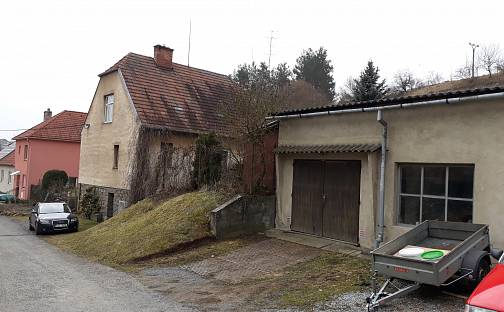 Prodej domu s pozemkem 1116 m², Vladislav