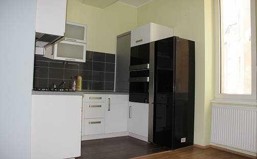 Pronájem bytu 3+1, 100 m²