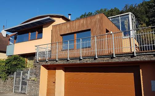 Prodej vily 287 m² s pozemkem 606 m², Otínská, Praha 5 - Radotín