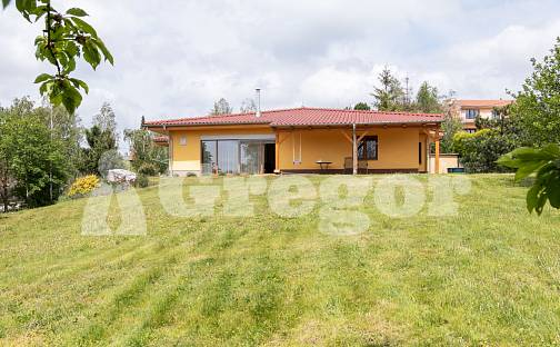 Prodej domu 240 m² s pozemkem 2652 m², Hostěnice, okres Brno-venkov