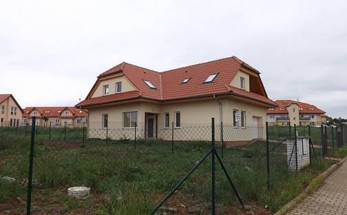 Prodej domu 218 m² s pozemkem 800 m², Lesní, Holubice