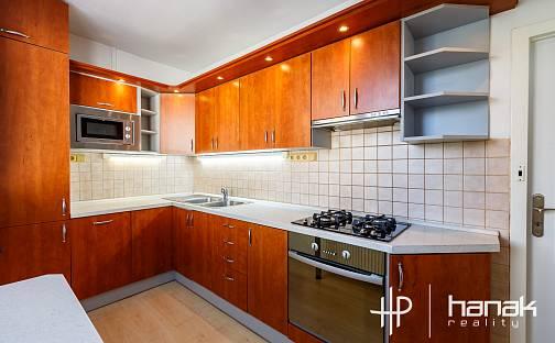 Pronájem bytu 3+1, 74 m², Fischerova, Olomouc - Nové Sady