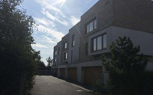 Dražba domu 195 m² s pozemkem 273 m², K Palečku, Praha 9 - Horní Počernice