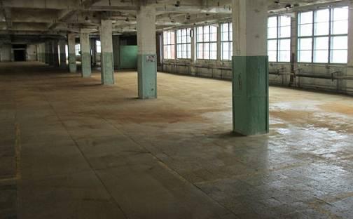 Pronájem výrobních prostor, Šedesátá, Zlín