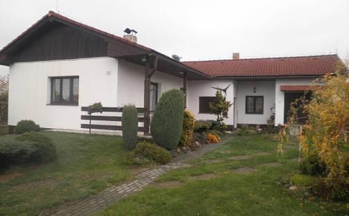 Prodej domu 133 m² s pozemkem 731 m², Listopadová, Praha