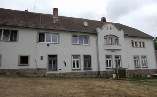 Prodej domu 2000 m² s pozemkem 7092 m², Cerhonice, okres Písek