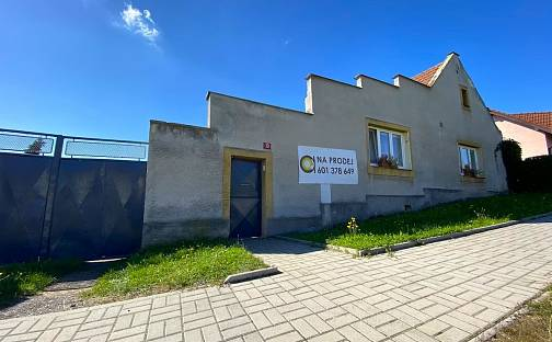 Prodej domu 203m² s pozemkem 2245m², Ledce, okres Kladno