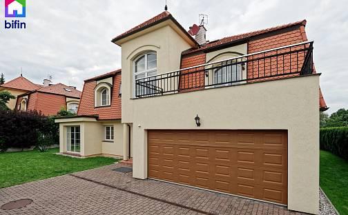 Prodej domu 314m² s pozemkem 1442m², U Komárova, Průhonice, okres Praha-západ