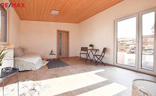 Prodej domu 50m² s pozemkem 1000m², Tyršova, Žatec, okres Louny