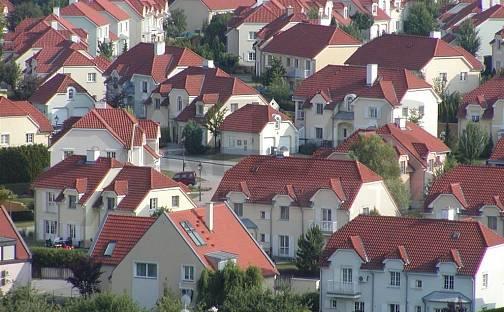 Pronájem domu 221 m² s pozemkem 1000 m², Praha 6 - Nebušice, okres Praha
