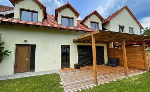 Prodej domu 175 m² s pozemkem 518 m²