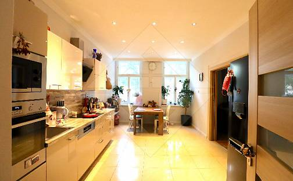 Prodej bytu 3+1 90m², Praha 8 - Karlín