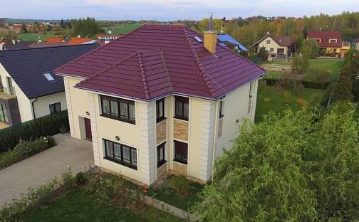 Prodej domu 232 m² s pozemkem 1003 m², Svárov, okres Kladno