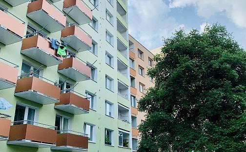 Prodej bytu 1+1 35m², Štouračova, Brno - Bystrc