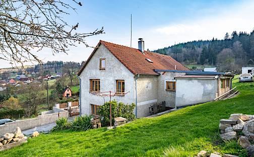 Prodej domu 240m² s pozemkem 3080m², Modřínová, Větřní, okres Český Krumlov