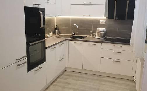 Prodej bytu 3+1 80m², Úprkova, Staré Město, okres Uherské Hradiště