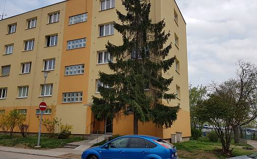 Pronájem bytu 2+1 53m², Marie Kudeříkové, Brno - Židenice