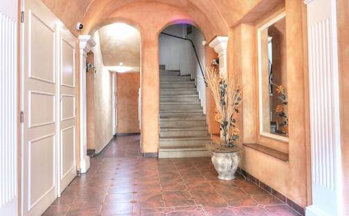 Prodej bytu 3+1 101m², Mariánskolázeňská, Karlovy Vary