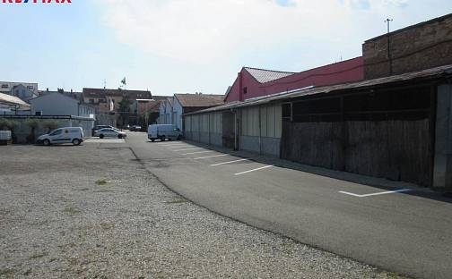 Pronájem parkovacího místa v centru Břeclavi, U Stadionu, Břeclav