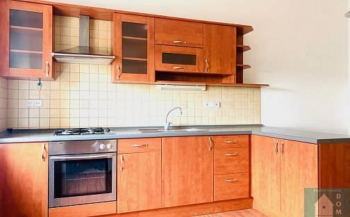 Pronájem bytu 2+1, 58 m², 1. máje, Kroměříž