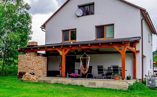 Prodej domu 247m² s pozemkem 1400m², České Libchavy, okres Ústí nad Orlicí