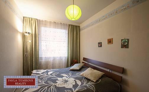 Prodej bytu 3+1, 76 m², Kpt. Stránského, Praha 14 - Černý Most