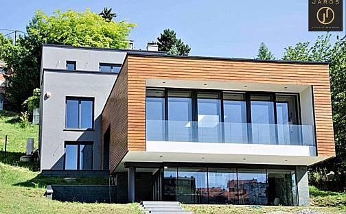 Prodej domu 550m² s pozemkem 1111m², Zagreb, Chorvatsko