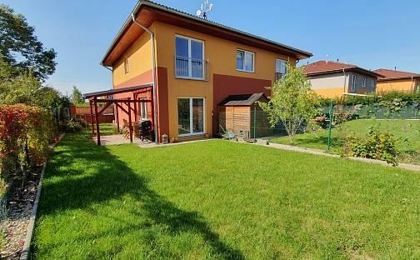 Prodej bytu 3+kk, 78 m², Myslivečkova, Kostelec nad Labem, okres Mělník