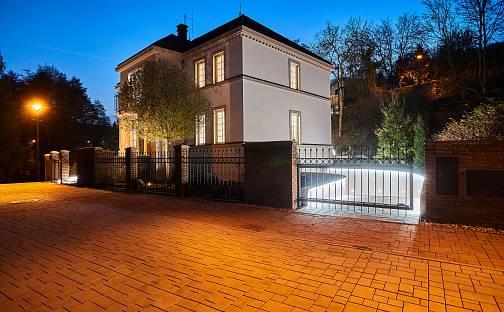 Prodej vily 554 m² s pozemkem 1727 m², Pod Meliškou, Praha 6 - Dejvice