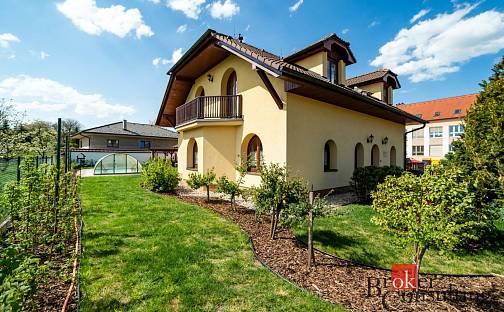 Prodej domu 235 m² s pozemkem 811 m², Na Sadech, Divišov, okres Benešov