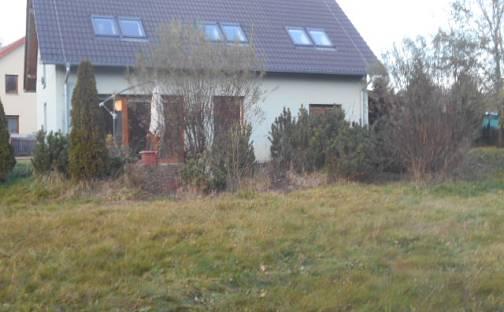 Prodej domu 136 m² s pozemkem 1441 m², U Zlatého potoka, Kunice, okres Praha-východ