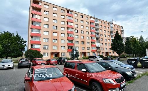 Prodej bytu 2+1, 68 m², Pod Ohradou, Rokycany - Nové Město