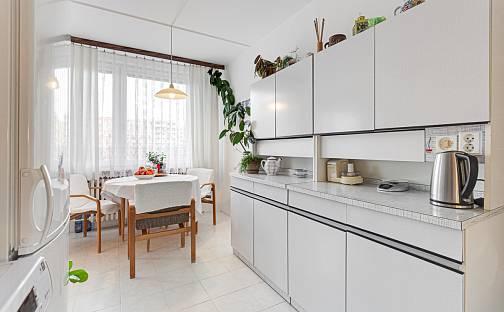 Prodej bytu 3+1, 77 m², Hřebečská, Kladno - Kročehlavy