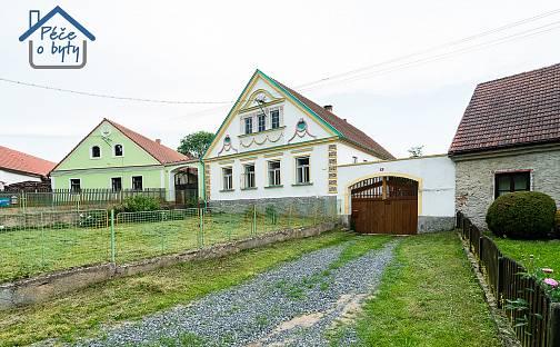Prodej domu (jiného typu) 202 m² s pozemkem 13786 m², Chýstovice, okres Pelhřimov