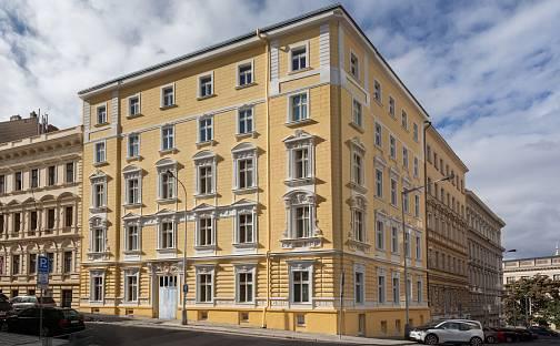 Prodej bytu 1+kk 27m², Římská, Praha 2 - Vinohrady