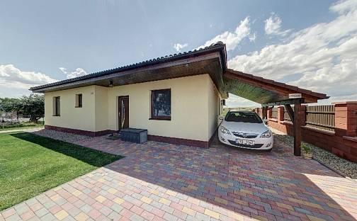 Prodej domu 108 m² s pozemkem 920 m²