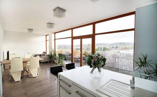Prodej bytu 2+kk, 82 m², Ke škole, Mníšek pod Brdy, okres Praha-západ