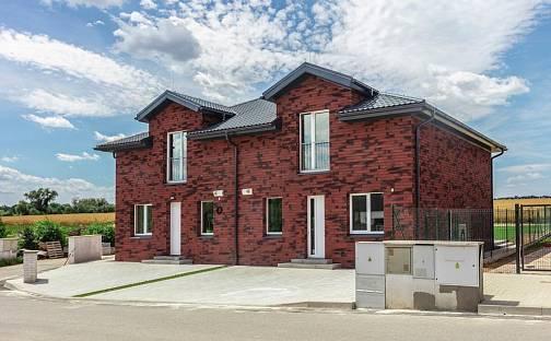 Prodej domu 139m² s pozemkem 581m², U Přehrady, Hostouň, okres Kladno