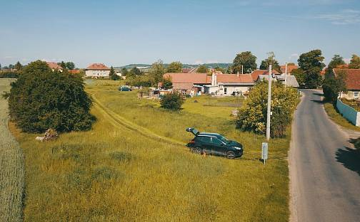 Prodej stavebního pozemku, 1227 m², Úžice, okres Mělník