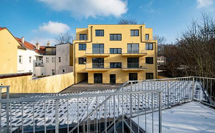 Prodej bytu 2+kk 40m², Českobrodská, Praha 9 - Hrdlořezy