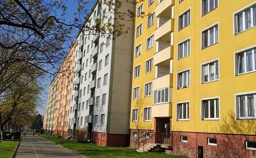 Prodej bytu 2+1, 61 m², Kollárova, Ostrov, okres Karlovy Vary