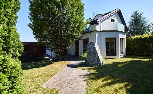 Prodej domu s pozemkem 532 m², Dvořákova, Praha 8 - Dolní Chabry